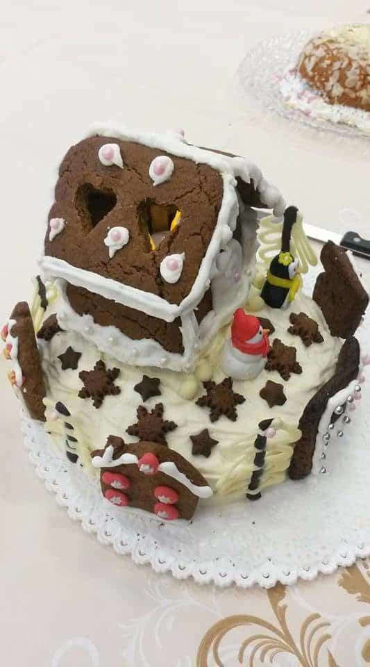 Cake Decorating Beeston : Emma Boon - Clandestine Cake Club