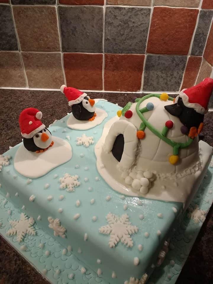Cake Decorating Beeston : Nancy Craig - Clandestine Cake Club