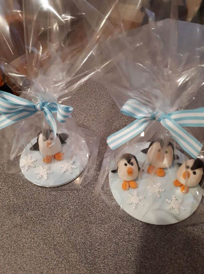 Cake Decorating Beeston : Lisa Bairstow - Clandestine Cake Club