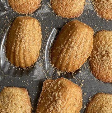 Little baked Madeleines